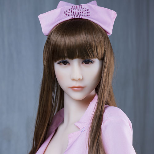 infirmière silicone doll