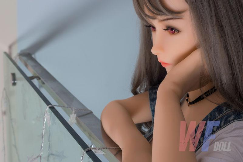 sexe silicone doll
